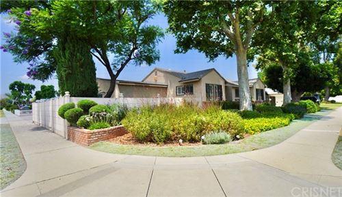 Photo of 15851 Blackhawk Street, Granada Hills, CA 91344 (MLS # SR20224264)
