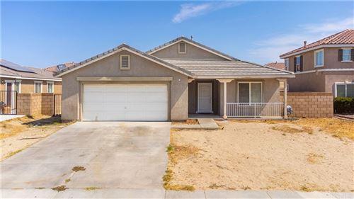 Photo of 6327 Viking Way, Palmdale, CA 93552 (MLS # SR21162264)
