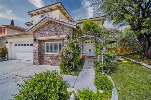 Photo of 26541 Brant Way, Canyon Country, CA 91387 (MLS # 220011265)