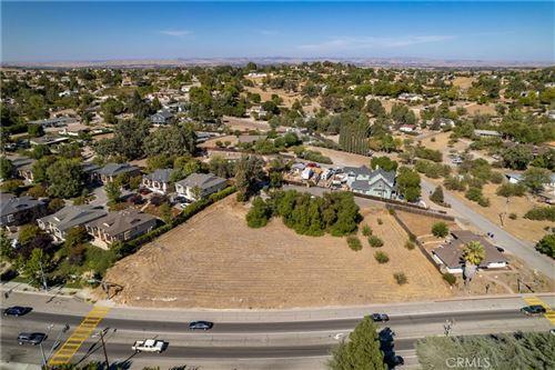 Photo of 845 Creston Road, Paso Robles, CA 93446 (MLS # NS21228265)