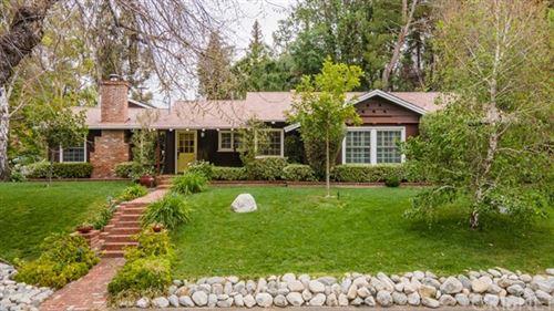 Photo of 5478 Penfield Avenue, Woodland Hills, CA 91364 (MLS # SR21079265)