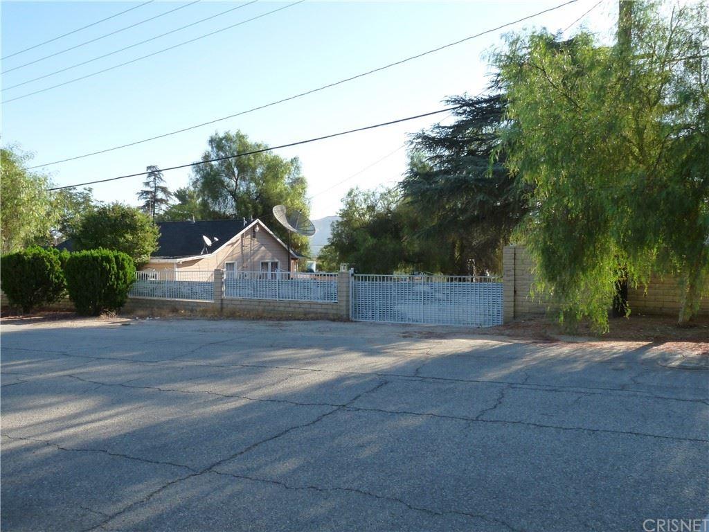 Photo for 27870 Johnson Road, Castaic, CA 91384 (MLS # SR21207265)