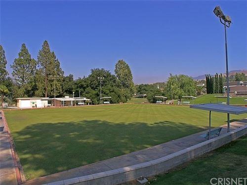 Tiny photo for 19738 Spanish Oak Drive, Newhall, CA 91321 (MLS # SR20106267)