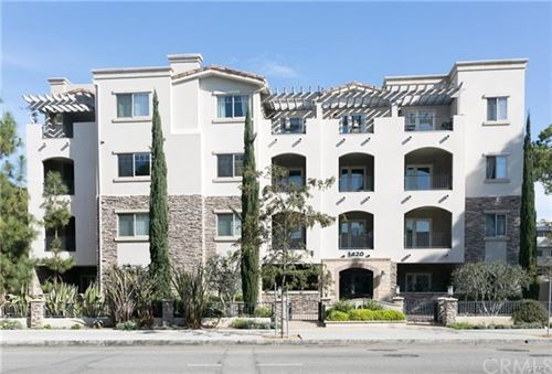 Photo of 1420 S Bundy Drive #302, Los Angeles, CA 90025 (MLS # WS20230267)