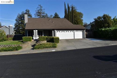 Photo of 2813 Bellflower Dr, Antioch, CA 94531 (MLS # 40961268)