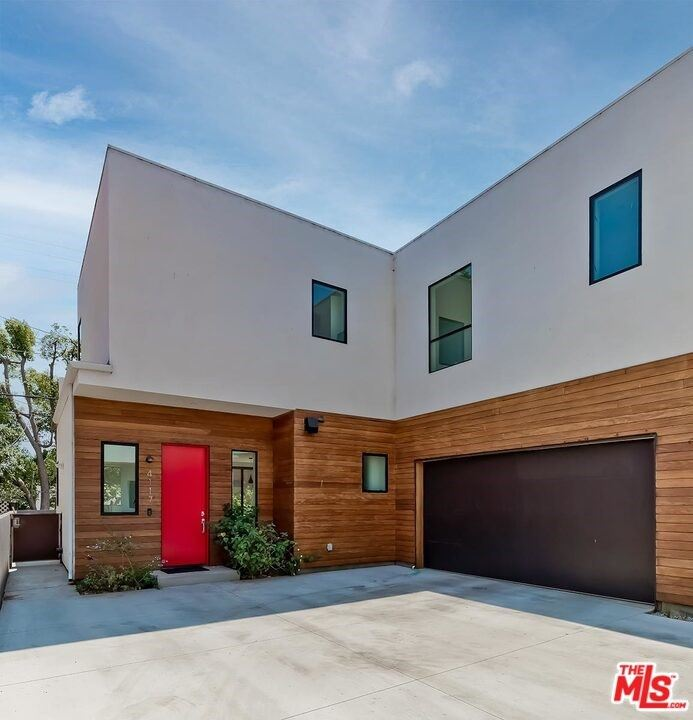 Photo of 4117 Lincoln Avenue, Culver City, CA 90232 (MLS # 21766268)