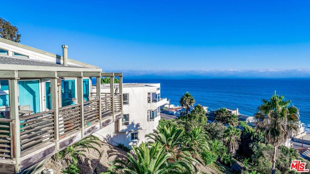 Photo of 21420 Rambla Vista, Malibu, CA 90265 (MLS # 21783268)