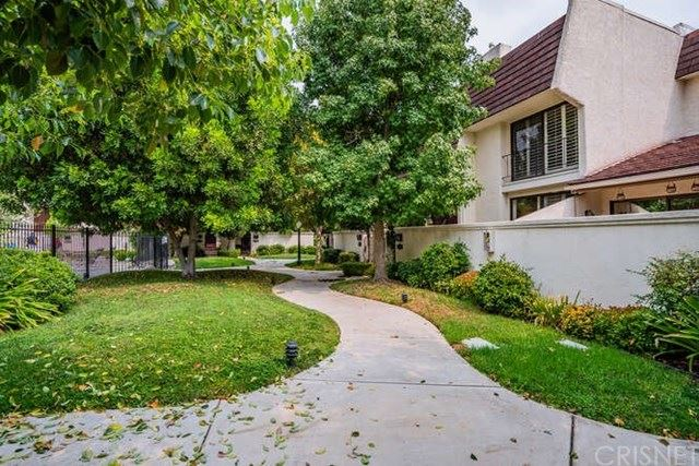 Photo for 6245 Randi Avenue, Woodland Hills, CA 91367 (MLS # SR20188268)