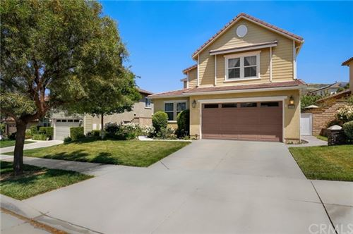 Photo of 22609 Lamplight Place, Saugus, CA 91350 (MLS # BB20090269)