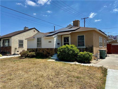 Photo of 2004 N Rose Street, Burbank, CA 91505 (MLS # SR21155269)
