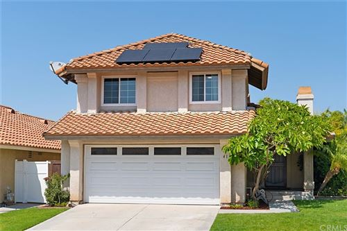 Photo of 41 La Cascada, Rancho Santa Margarita, CA 92688 (MLS # OC21198270)