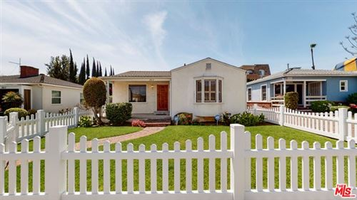 Photo of 2813 S Bentley Avenue, Los Angeles, CA 90064 (MLS # 21717272)