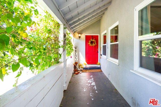 Photo of 6918 Cedros Avenue, Van Nuys, CA 91405 (MLS # 21694272)