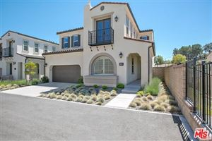 Photo of 27600 Solana way, Saugus, CA 91350 (MLS # 19478274)