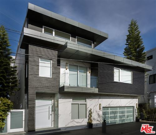 Photo of 1610 VIEWMONT Drive, Los Angeles, CA 90069 (MLS # 20664274)