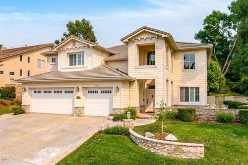 Photo of 27344 Weathersfield Drive, Valencia, CA 91354 (MLS # V1-1274)