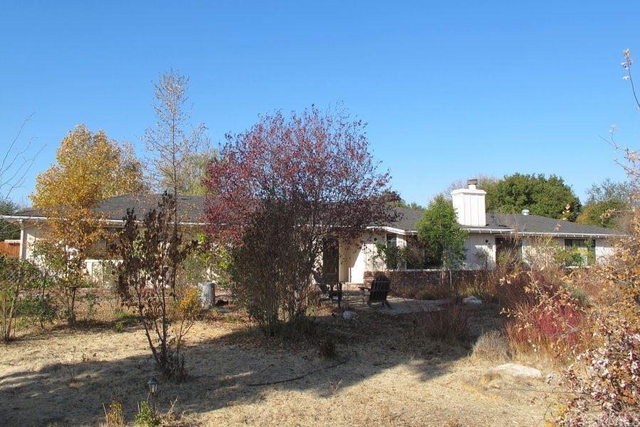 Photo of 110 Foxtail Lane, Templeton, CA 93465 (MLS # NS21168274)
