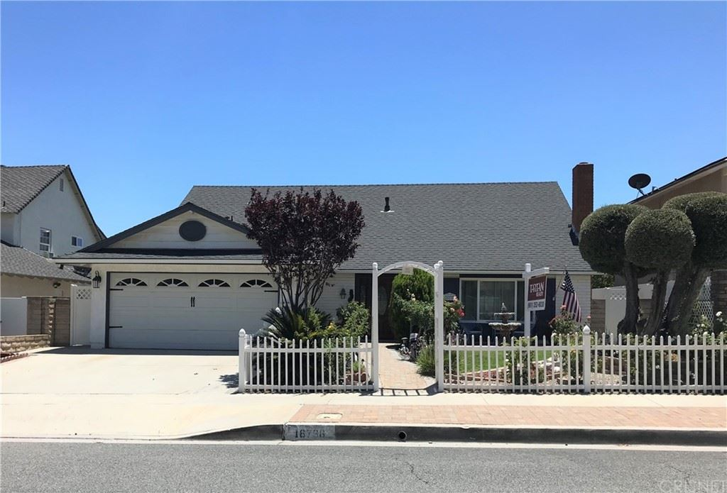 Photo for 16738 Goodvale Road, Canyon Country, CA 91387 (MLS # SR21141274)