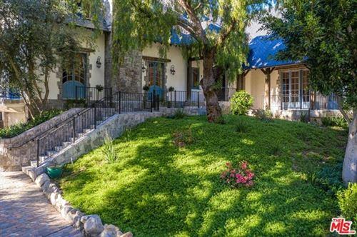 Photo of 1455 Lindacrest Drive, Beverly Hills, CA 90210 (MLS # 20640276)