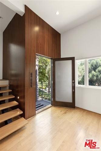 Photo of 5669 Tuxedo Terrace, Los Angeles, CA 90068 (MLS # 21678276)