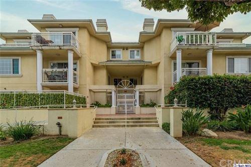 Photo of 530 W Stocker Street #203, Glendale, CA 91202 (MLS # 320003276)