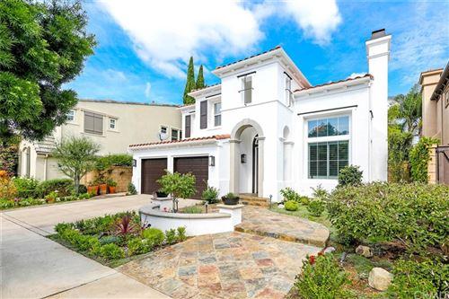 Photo of 39 Whitehall, Newport Beach, CA 92660 (MLS # PW21224276)