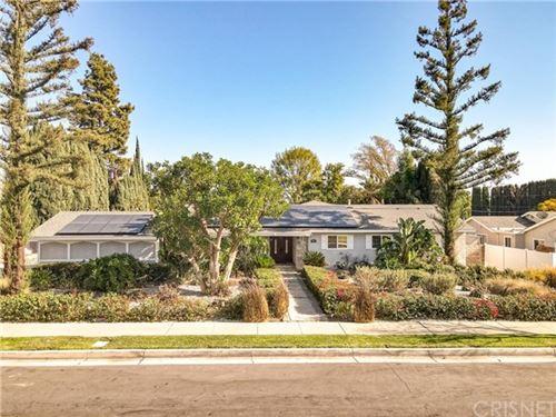 Photo of 9910 Vanalden Avenue, Northridge, CA 91324 (MLS # SR20247276)