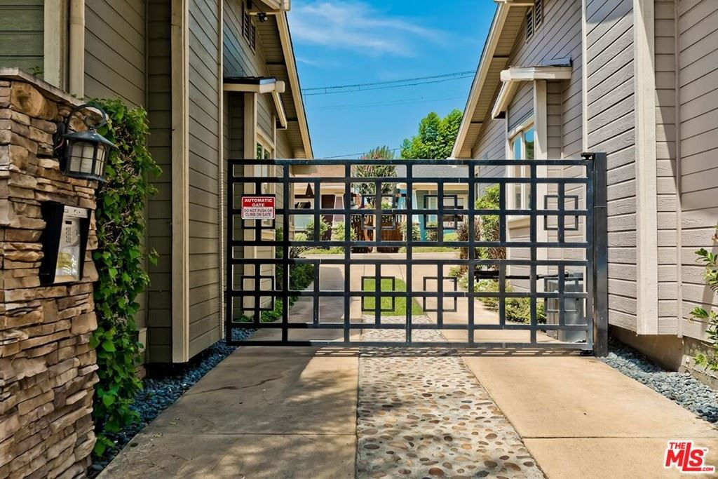 Photo of 1241 N Ogden Drive, West Hollywood, CA 90046 (MLS # 21765276)