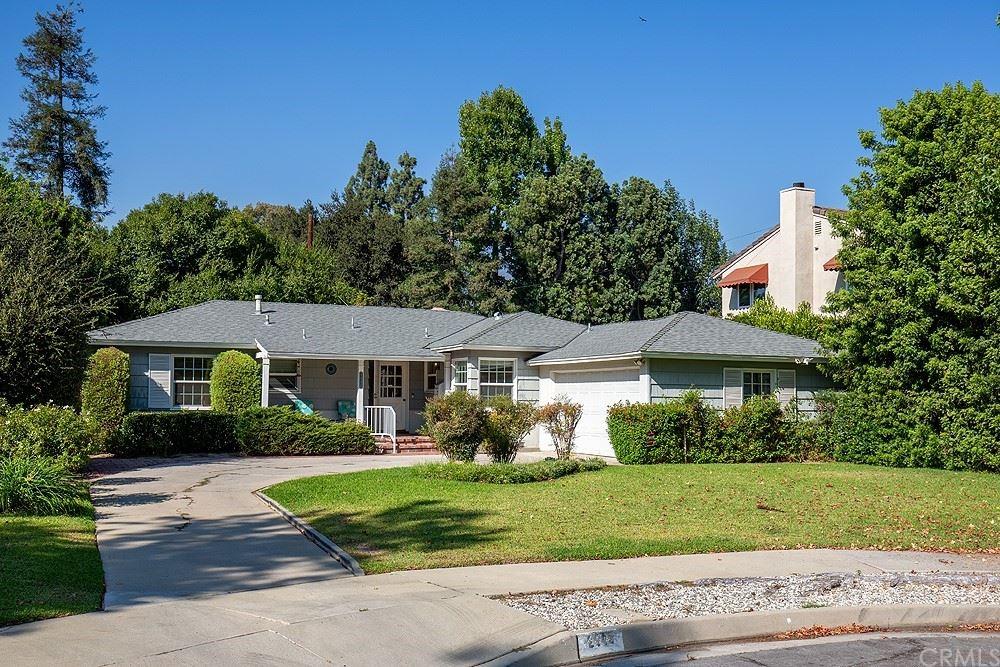 Photo of 2945 Thorndike Road, Pasadena, CA 91107 (MLS # AR21206276)