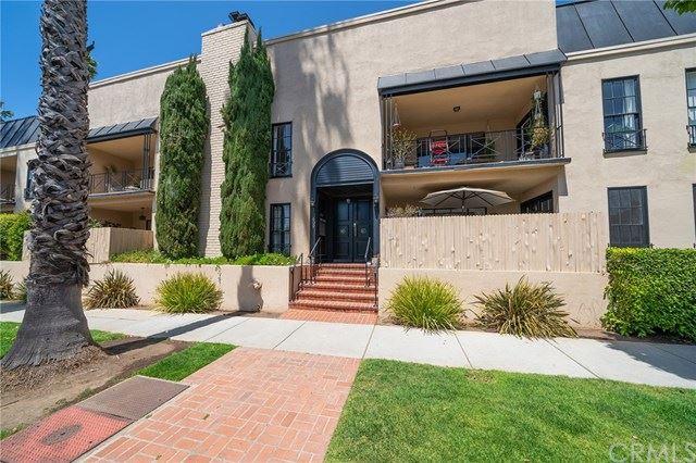 Photo of 609 Washington Avenue #G, Santa Monica, CA 90403 (MLS # SB21090276)