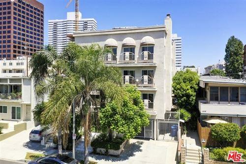 Photo of 1250 S Westgate Avenue #103, Los Angeles, CA 90025 (MLS # 20616278)