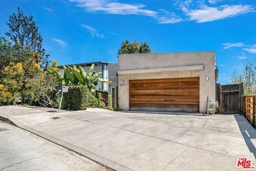 Photo of 3934 De Longpre Avenue, Los Angeles, CA 90027 (MLS # 21756278)