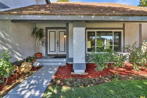 Photo of 28549 Bud Court, Saugus, CA 91350 (MLS # P1-2278)