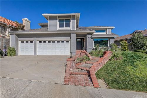 Photo of 24102 Mentry Drive, Newhall, CA 91321 (MLS # SR21225278)