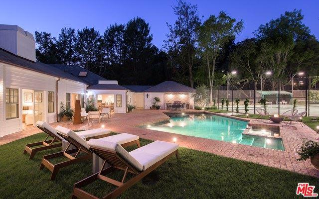 Photo of 3114 Abington Drive, Beverly Hills, CA 90210 (MLS # 20657278)