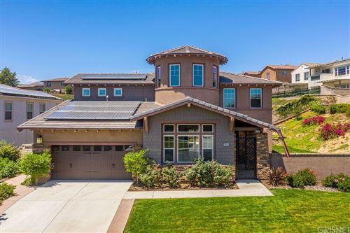 Photo of 28418 Farrier Drive, Valencia, CA 91354 (MLS # SR21159279)