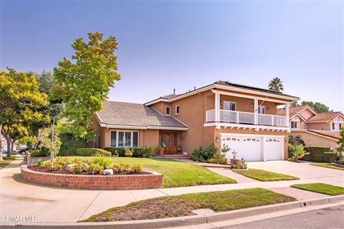 Photo of 3094 N Geronimo Avenue, Simi Valley, CA 93063 (MLS # 221005280)