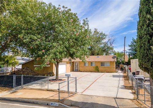 Photo of 1240 E Avenue R6, Palmdale, CA 93550 (MLS # SR21167281)
