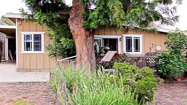 Photo of 187 Newbury Lane, Newbury Park, CA 91320 (MLS # 220004281)