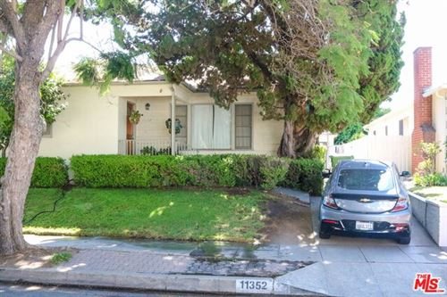 Photo of 11352 CASHMERE Street, Los Angeles, CA 90049 (MLS # 19518282)