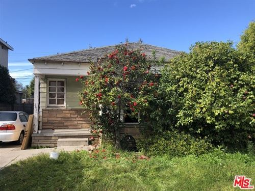 Photo of 2611 S BENTLEY Avenue, Los Angeles, CA 90064 (MLS # 20565282)