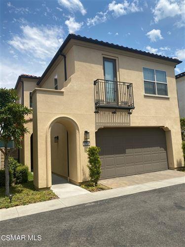 Photo of 21709 Bene Drive, Valencia, CA 91354 (MLS # 221003282)
