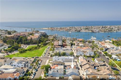 Photo of 433 Begonia Avenue, Corona del Mar, CA 92625 (MLS # NP20183282)