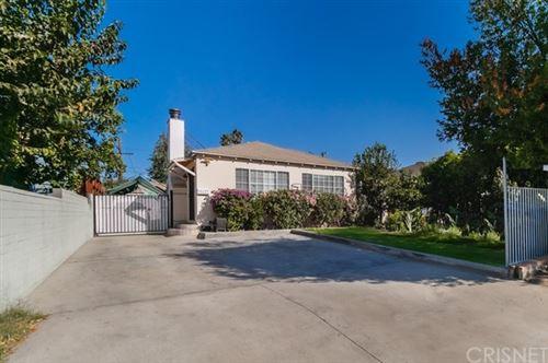 Photo of 14621 Wyandotte Street, Van Nuys, CA 91405 (MLS # SR20219282)