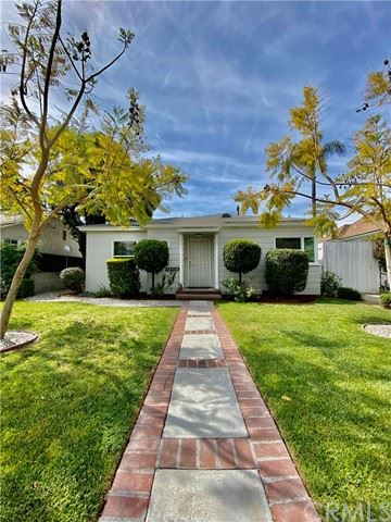 Photo of 10418 Myrna Street, North Hollywood, CA 91601 (MLS # SW21093282)