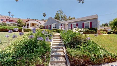 Photo of 1700 Ard Eevin Avenue, Glendale, CA 91202 (MLS # 320002283)