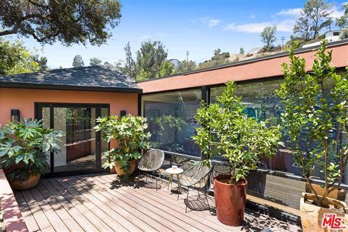 Photo of 8756 Wonderland Avenue, Los Angeles, CA 90046 (MLS # 21763284)