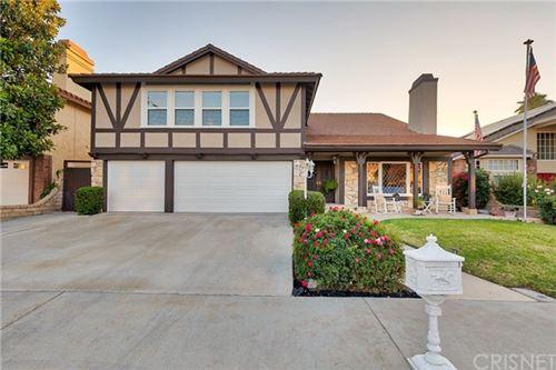 Photo of 28033 Charles Drive, Saugus, CA 91350 (MLS # SR20134284)