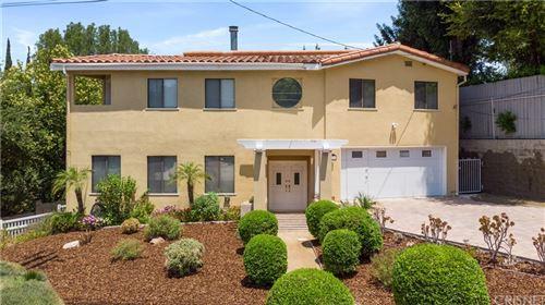 Photo of 5210 Sale Avenue, Woodland Hills, CA 91364 (MLS # SR21159284)