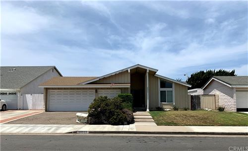 Photo of 20951 Beachwood Lane, Huntington Beach, CA 92646 (MLS # OC21157285)